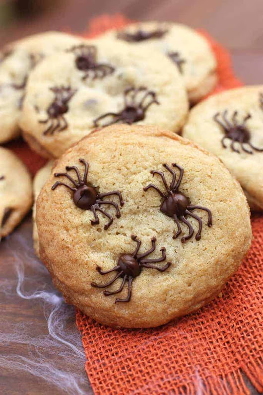 Chocolate Chip Spider Cookies - Tastes Better From Scratch