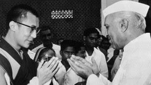 दलाई लामा और जवाहरलाल नेहरू
