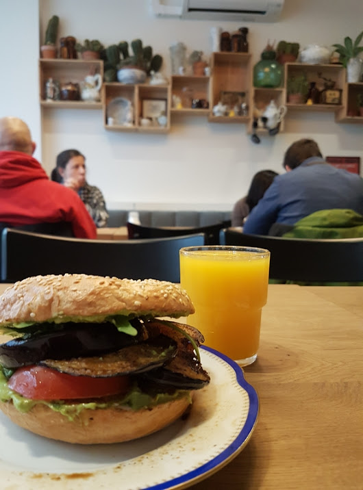 #151 Bagels and salads at Sanseveria Bagelsalon, Ostend