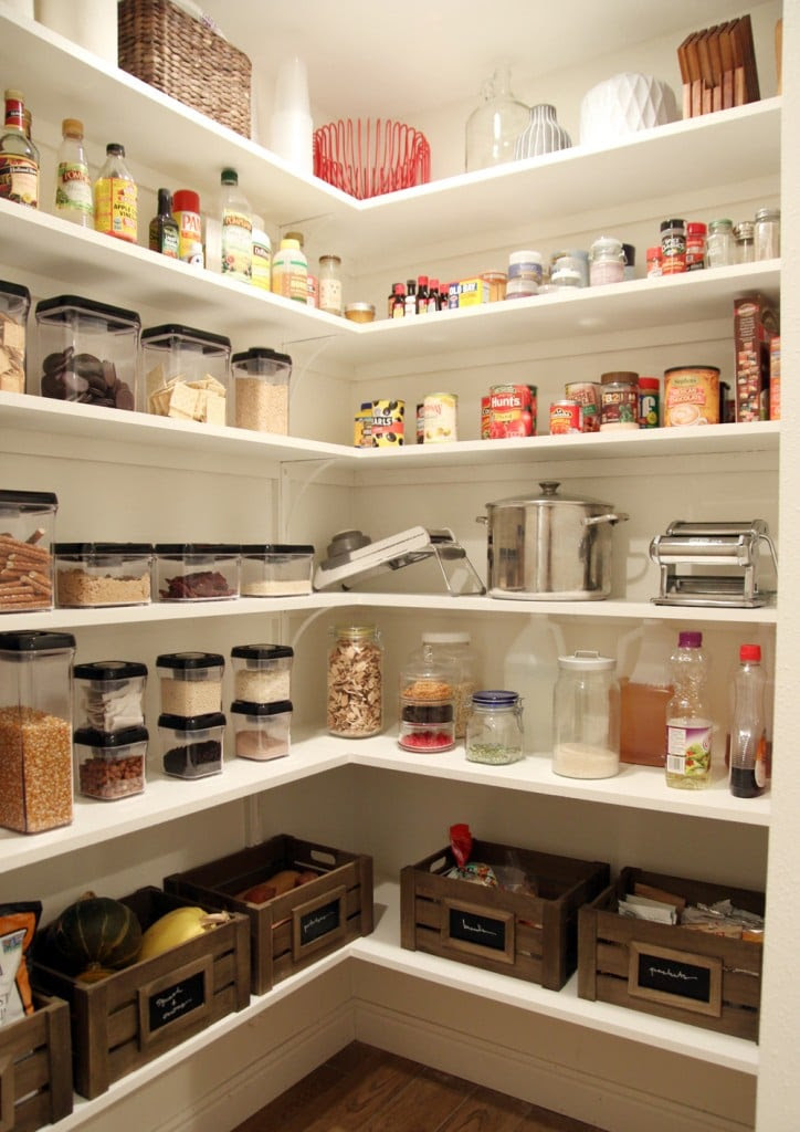 DIY ideas for a rustic industrial farmhouse pantry