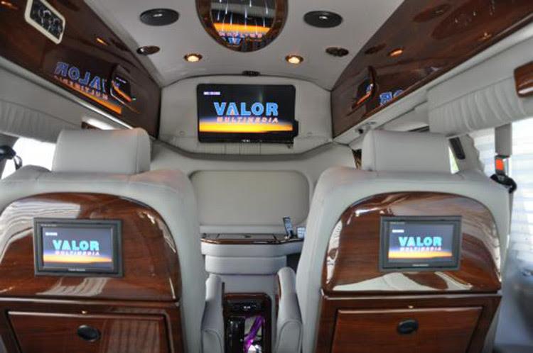 Travel In Comfort With Luxury Camper Vans Classic Vans