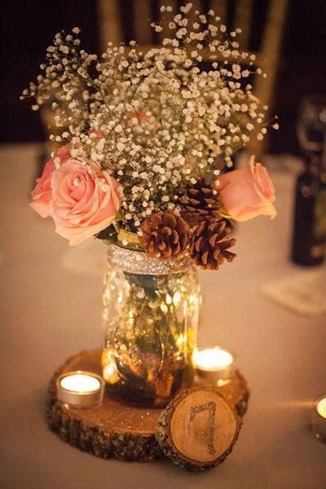 Centros de mesa para casamiento con botellas, frascos y