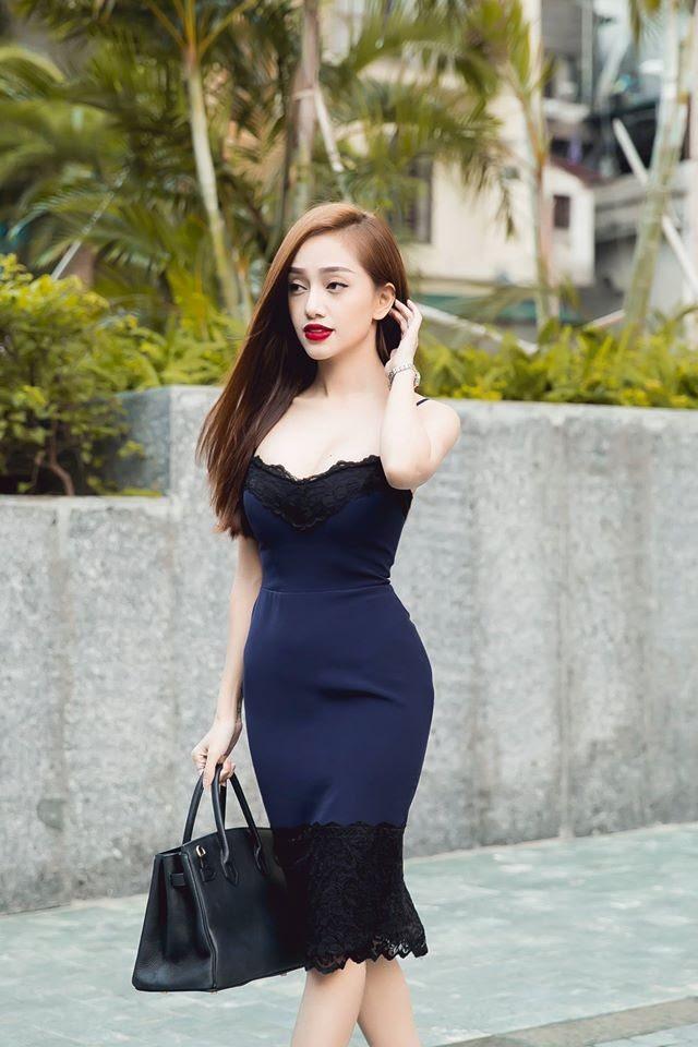 Đầm ôm body cúp ngực đẹp
