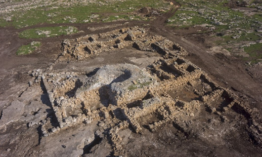 Ancient Monastery with mosaics and inscriptions unearthed in Rosh Ha-'Ayin | HeritageDaily – Heritage & Archaeology News