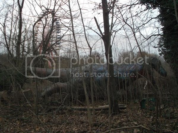 hunting for an abandoned amusement park in berlin. Black Bedroom Furniture Sets. Home Design Ideas