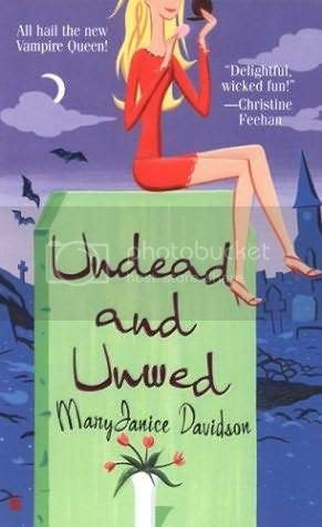 book-review-undead-unwed