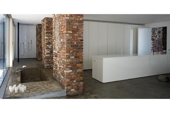 Industrial look bathroom