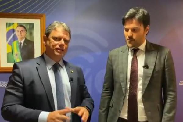 Ministro Tarcísio de Freitas garante que não haverá atrasos