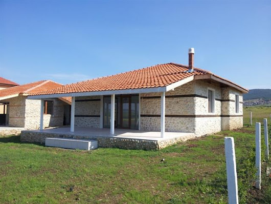 For sale a finished bungalow 3 km from the beach of Sunny Beach