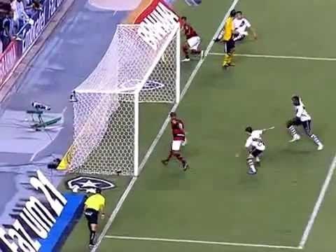 Flamengo -Vasco: Deivid - incredibile gol sbagliato 22/02/2012