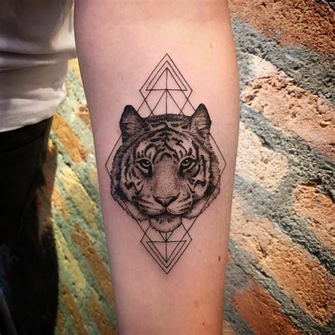 leo tattoos tiger tattoo elegant