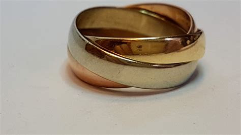9ct Trinity de Cartier Style Ring (Three Colour Gold 4mm