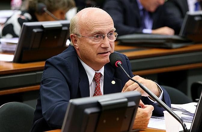 Ministro da Justiça é citado em operação contra venda ilegal de carne