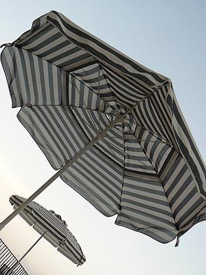 parasols cancun.jpg