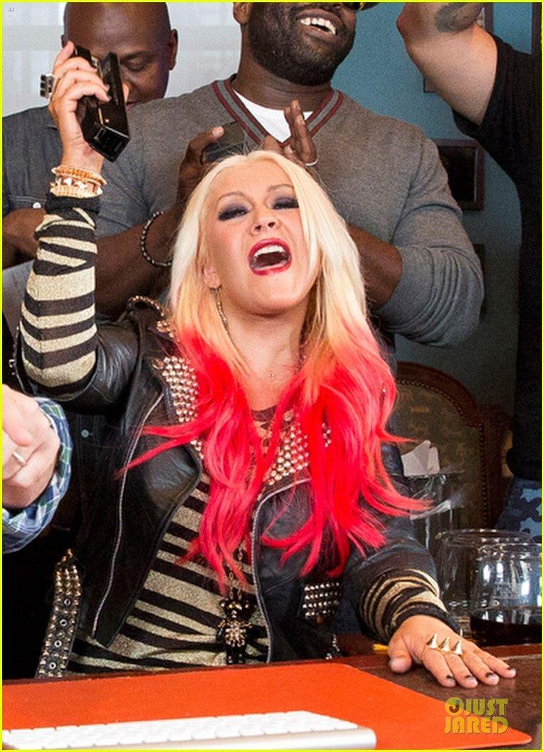 Jimmy Fallon (November 2012), Christina Aguilera