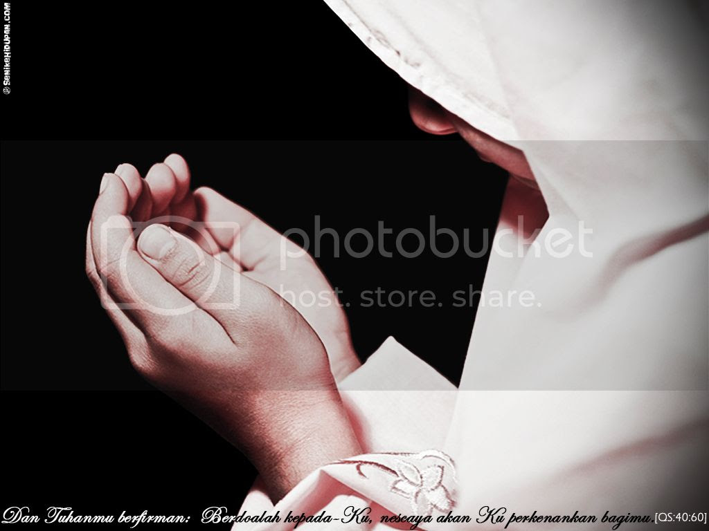 berdoa Pictures, Images and Photos