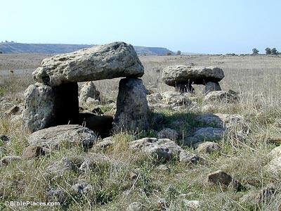 Dolmen near Gamla
