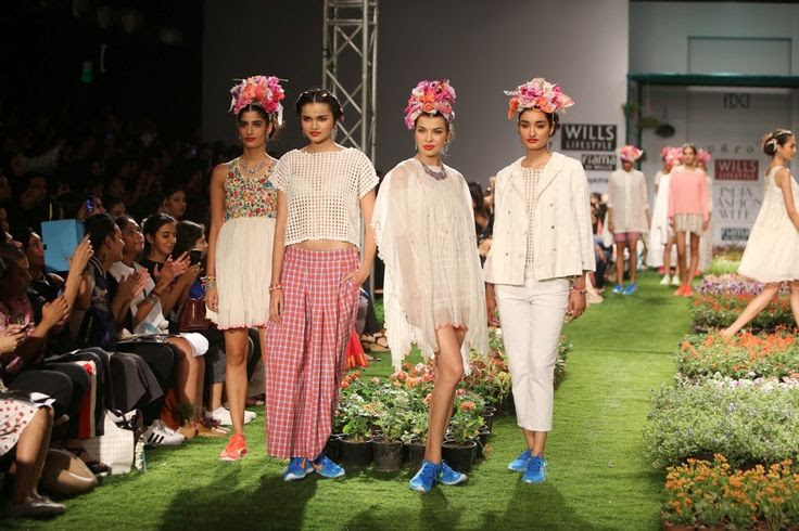 Textile revivalist Aneeth Arora opened the 24th edition of the Wills Lifestyle India Fashion Week (WIFW) Spring-Summer 2015.