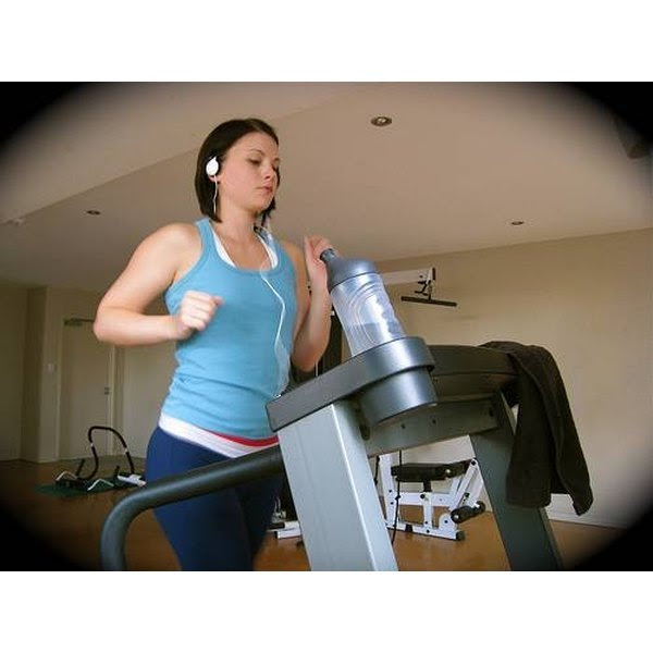 How to Lose Weight Walking on a Treadmill for 15 Minutes ...