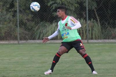 Almir (Foto: Gilvan de Souza/Flamengo)