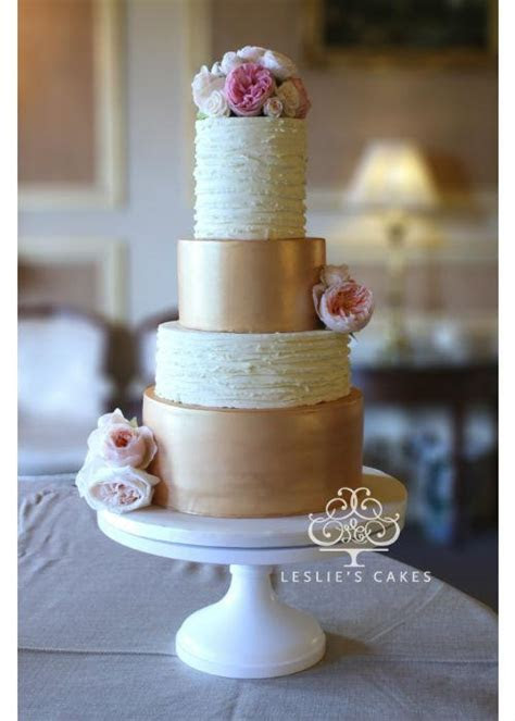 Rose Gold Cake on a White 16 inch Cake Stand ? Sarah's Stands