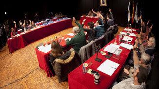 Ple a l'Ajuntament de Pontevedra on s'ha votat a favor de declarar persona no grata Rajoy (EFE)