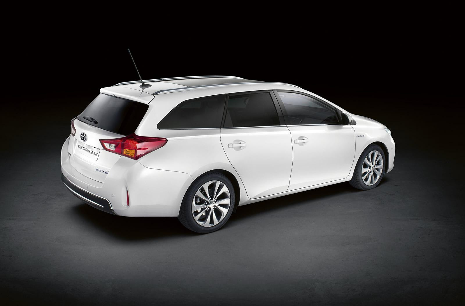Toyota Corolla Auris Sports Touring Revealed