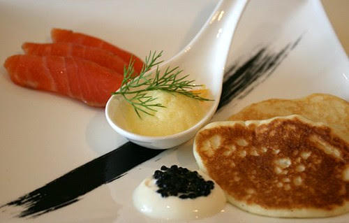 Smoked salmon, vegetarian caviar and blinis