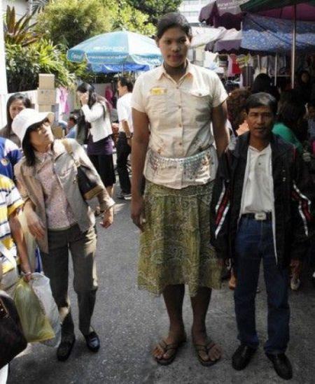 Malee Duangdee, a jovem mais alta do mundo 08