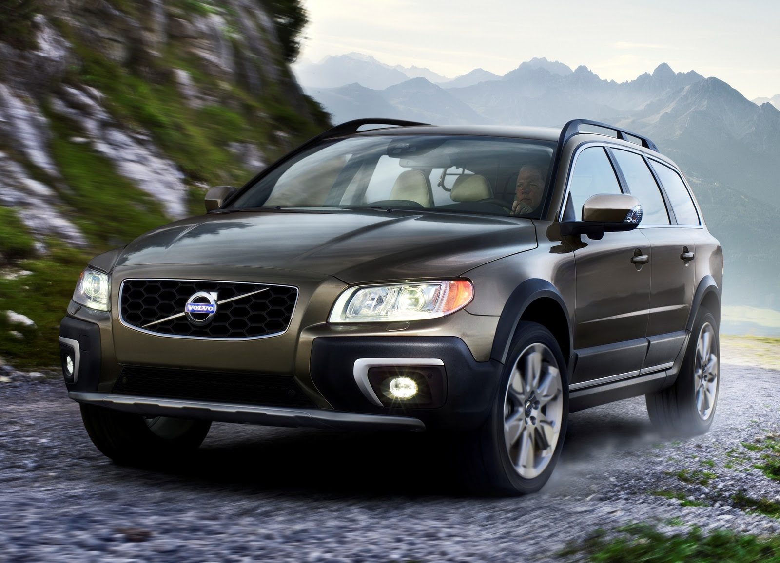 Home / Research / Volvo / XC70 / 2014