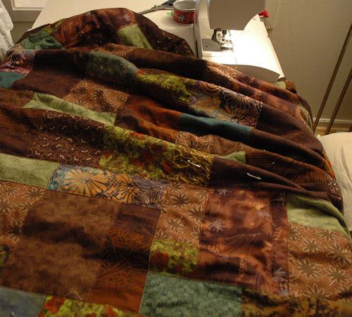 brown quilt :: brunt teppe #2