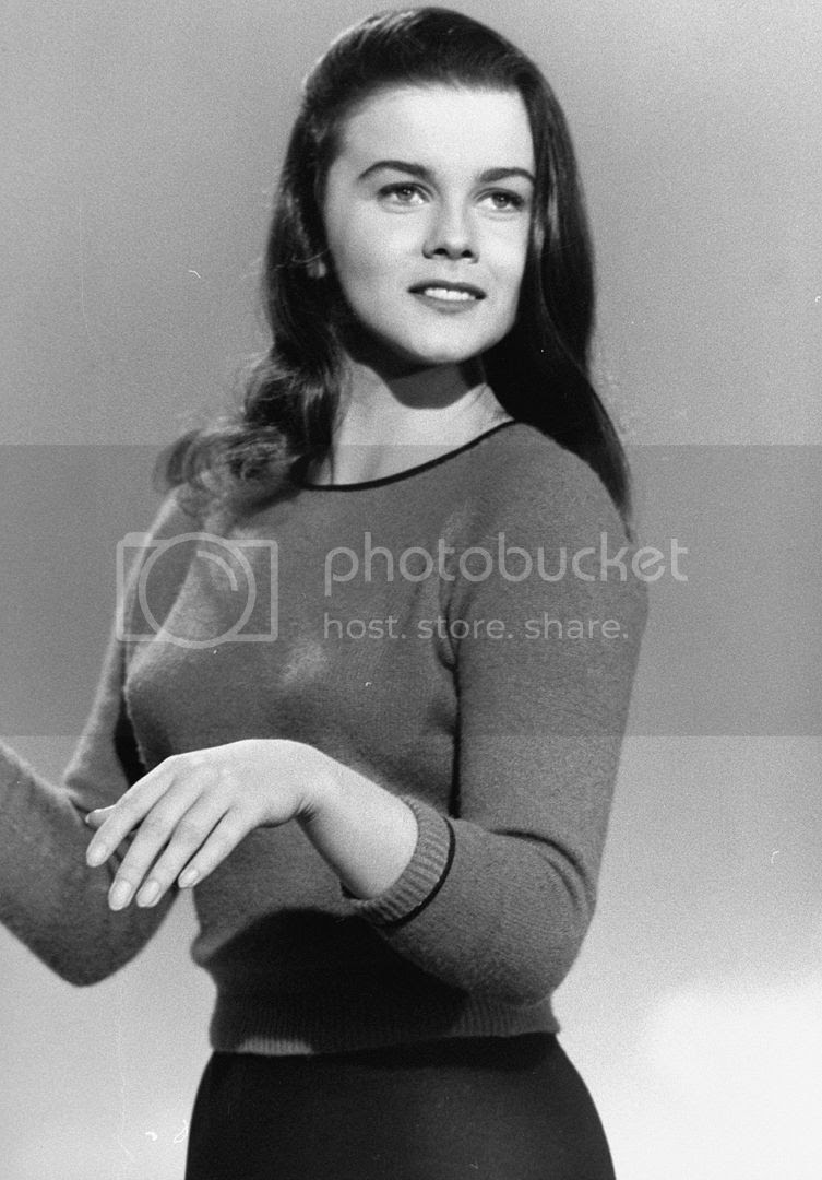 photo 82_Ann-Margret.jpg