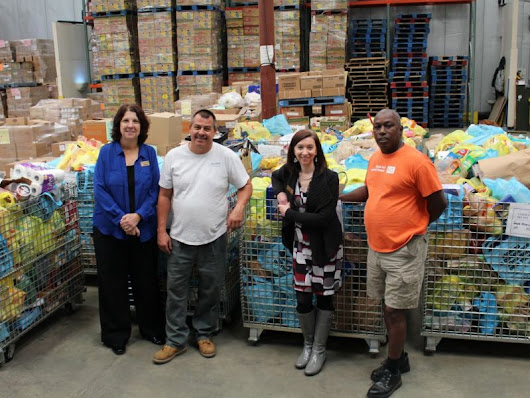 Temple Donates more than 8,000 Meals to FoodBank on Yom Kippur Food Drive