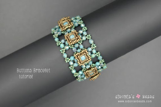 Swarovski Bezeled Chaton Bracelet  Buttons Beaded by SidoniasBeads