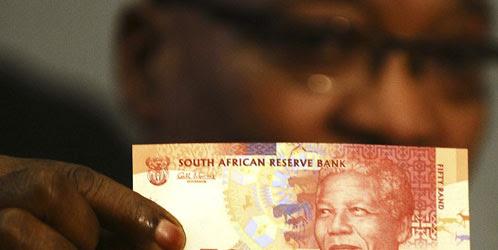 África camina hacia la moneda única empujada por la crisis europea