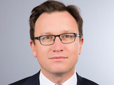 deutsche-banks-head-of-stock-trading-exp