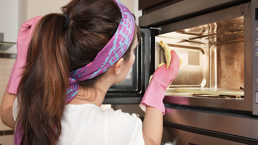 The 1 trick you need to make cleaning the microwave easier