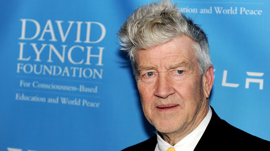David Lynch will direct the Twin Peaks revival after all