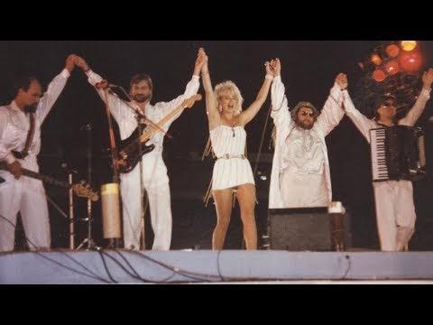 Лепа Брена: Ще помня докато съм жива концерта в България през 1990 г. (ВИДЕО)
