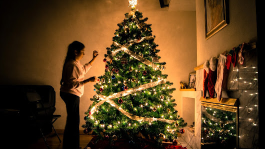 6 top tips for keeping your home under wraps this Christmas