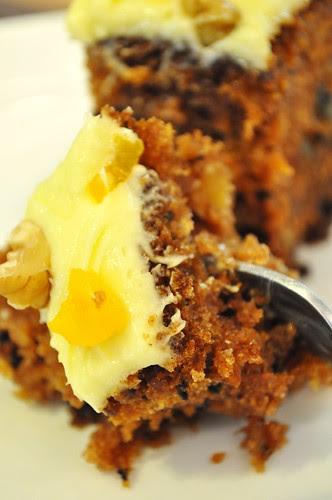 jab at carrot cake