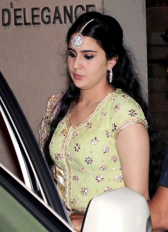 Sara Ali Khan At Saif Kareena Sangeet Ceremony