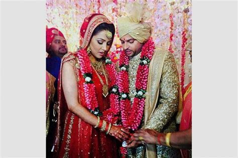 Outlook India Photogallery   Suresh Raina's Wedding