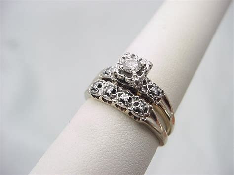 Antique Wedding Ring ? WeNeedFun