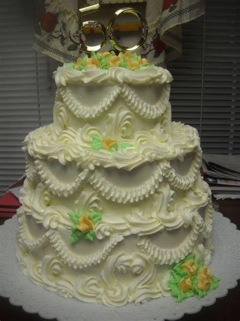 Old Fashioned Wedding Cake   Cakes ~ Highly Decorated Cake