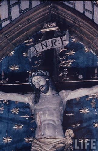Detalle del altar mayor de la Catedral de Toledo en 1963. Fotografía de Dmitri Kessel. Revista Life