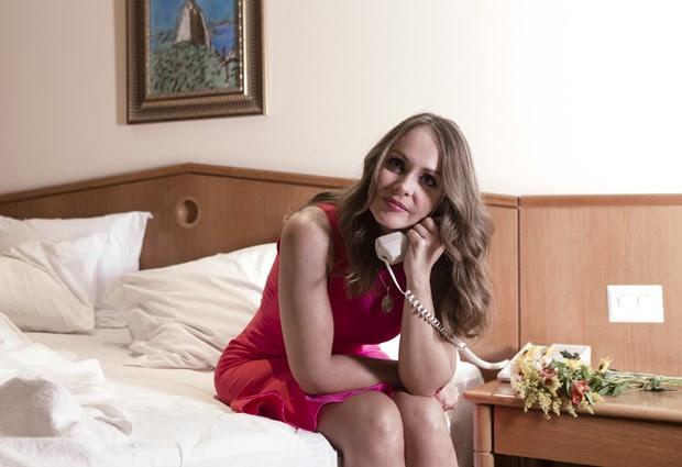 Gabriela Spanic em ensaio inspirado em Paola Bracho e Paulina, as gêmeas má e boa de 'A Usurpadora' (Foto: Marcio Nunes/Revista QUEM)