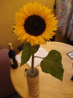 Emergency vase