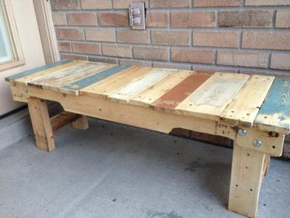 $75 Reclaimed Pallet Wood Bench/Coffee Table for Sale in Deltona ...