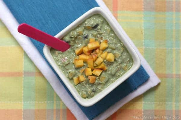 Peach-and-Blueberry-Green-Overnight-Oats-cupcakesandkalechips.com